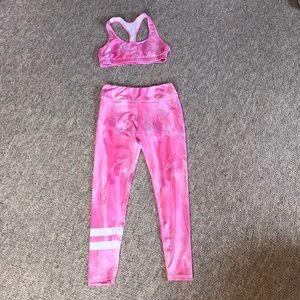 Camo pink workout set 💪🏽💕
